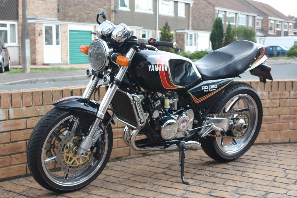 Yamaha Rd350 Rz350 Motorcycle Had Been Converted To Fuel Injected Successfully With An Ecotrons Efi Kiton Bad Fuel Injector